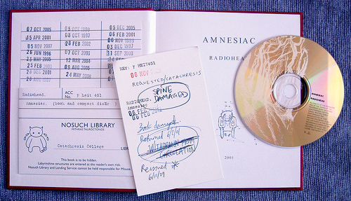 radiohead amnesiac cd in booklet