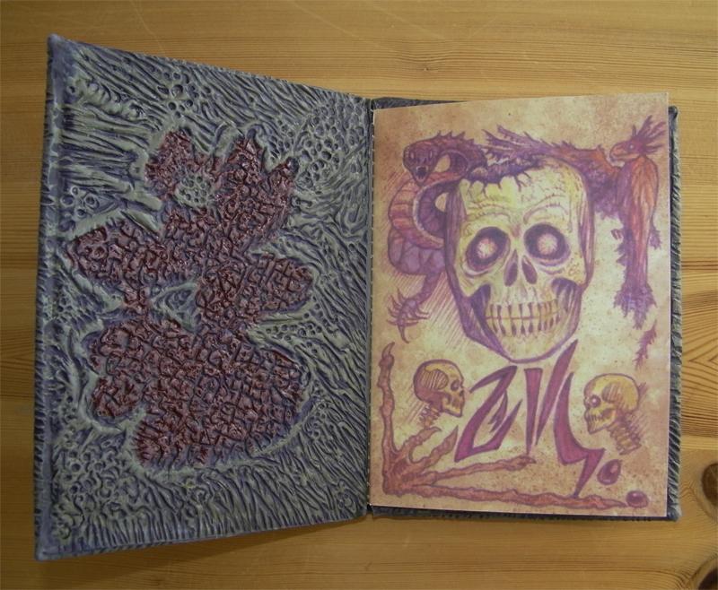 evildead-bookofthedead-inside4