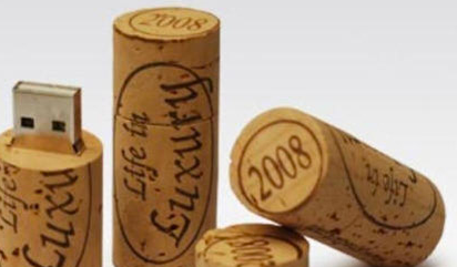 cork flash drive for wine lovers