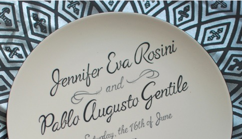 customized plate wedding giveaway