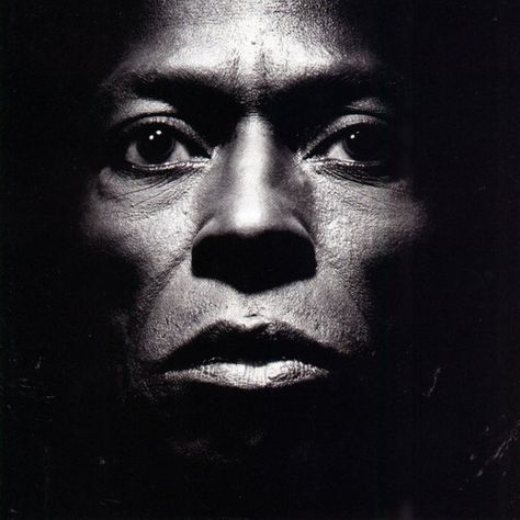 cd artwork- portrait-miles davis
