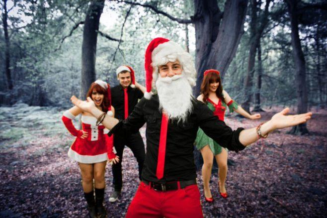 musician in santa costume